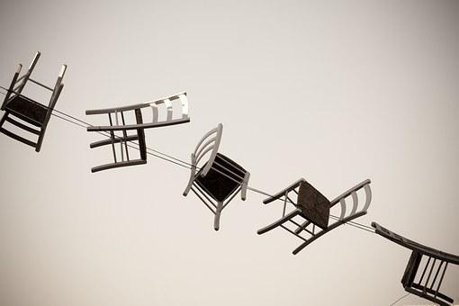 スタンディングデスクに最適な椅子